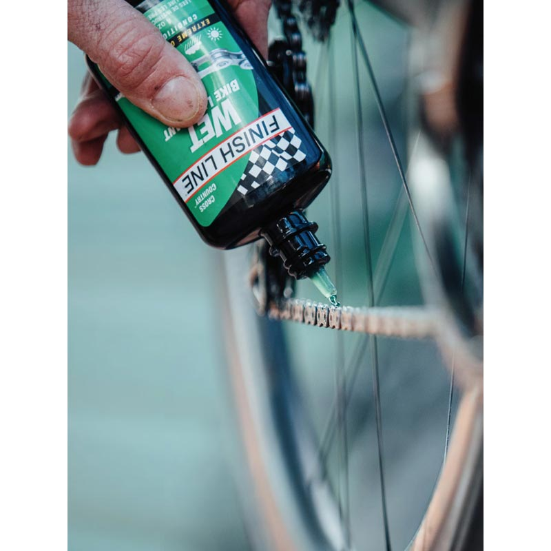 Finish Line WET è un Lubrificante UMIDO per Bici
